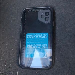 iphone 11 lifeproof fre case